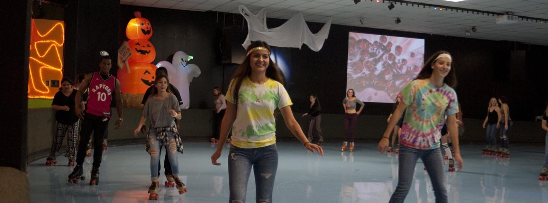 students rollerskating